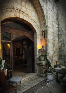 вход на свадьбу в замке